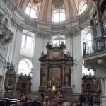 Dom altar